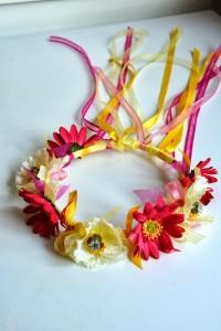 08-Ribbon-Wreath