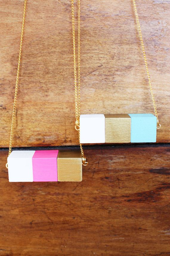 13-Beautifully-Colorful-DIY-Necklaces
