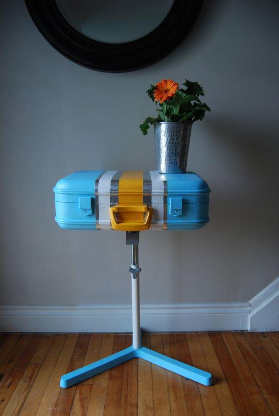 18-Vintage-Suitcases