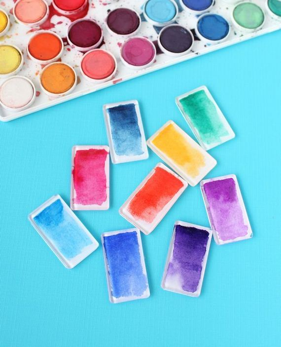 01-DIY-Watercolors