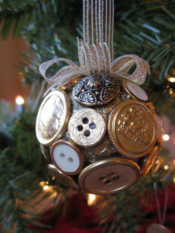 04-Christmas-Ornaments
