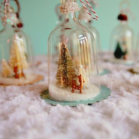 08-Christmas-Ornaments