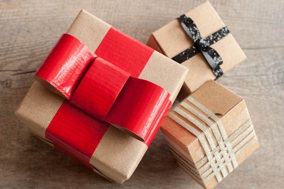09-Christmas-Gifts