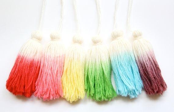 10-DIY-Dip-Dyed-Candlesticks