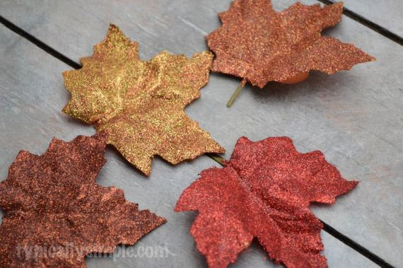 10-Fall-Leaf
