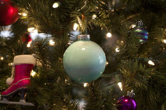 13-Christmas-Ornaments