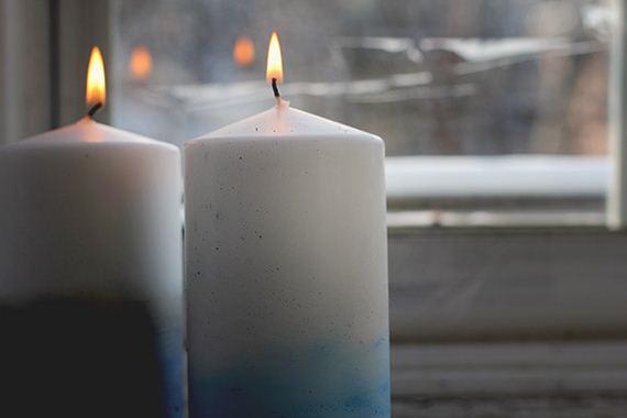 14-DIY-Dip-Dyed-Candlesticks