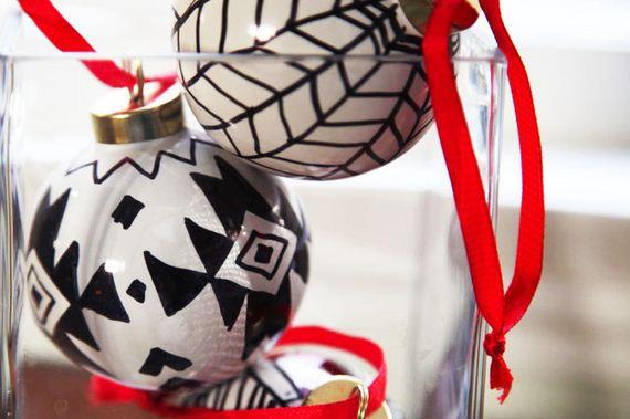 25-Christmas-Ornaments