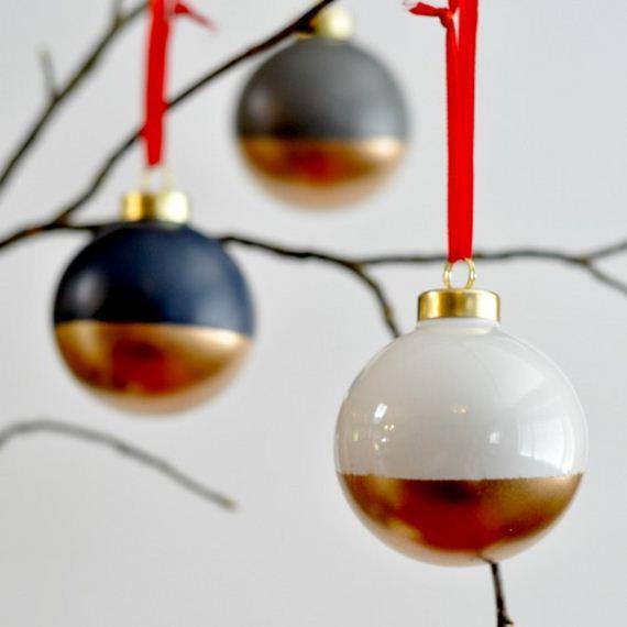26-Christmas-Ornaments