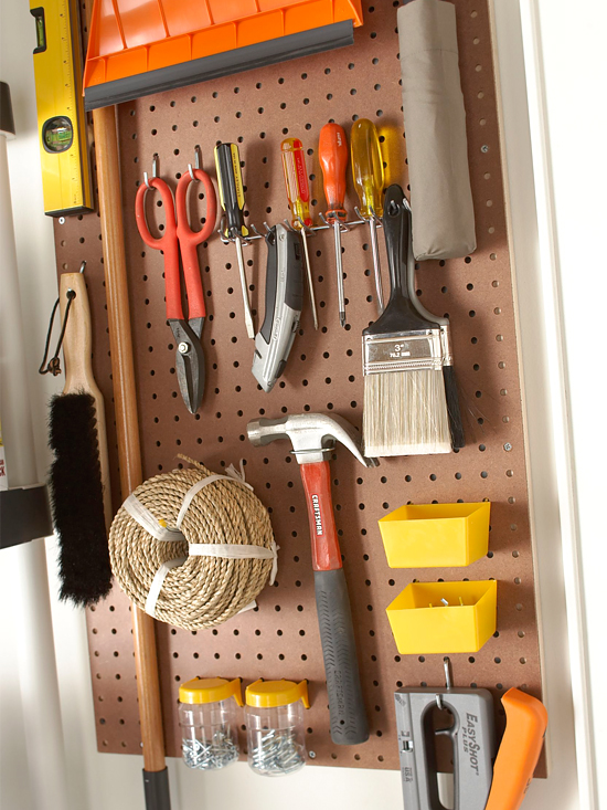 33-Pegboards