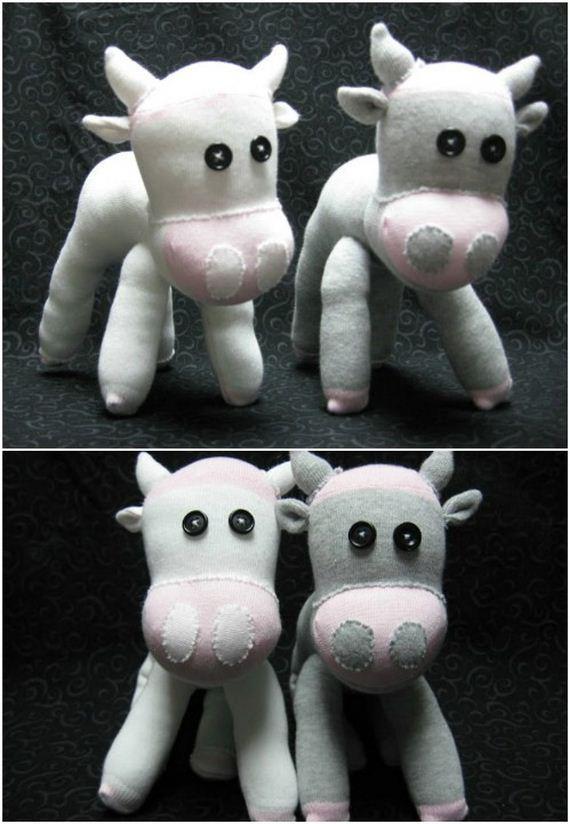 08-Sock-Toys