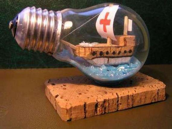 12-Light-bulb-crafts