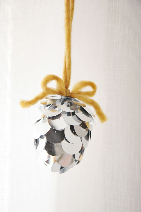 15-Christmas-Ornaments1