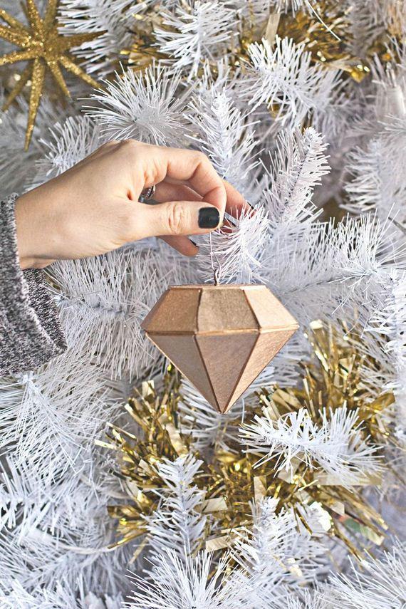19-Christmas-Ornaments1