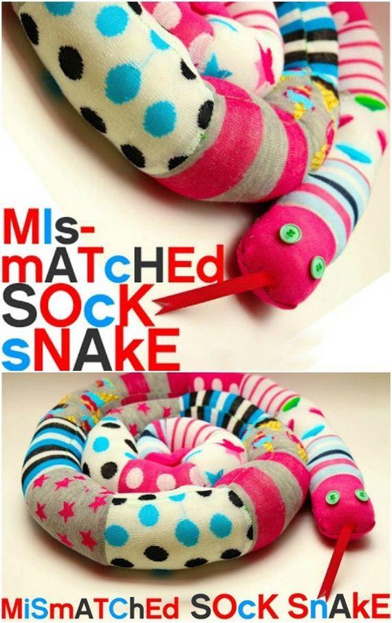 22-Sock-Toys