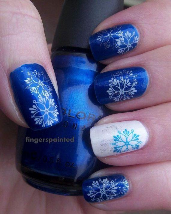 01-diy-winter-inspired-nail-ideas