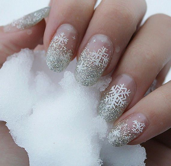 02-diy-winter-inspired-nail-ideas