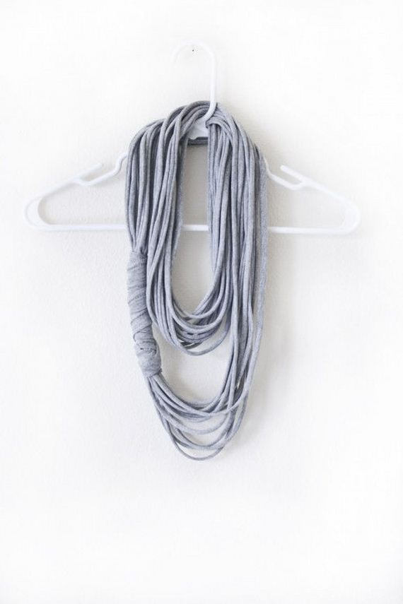 03-diy-no-knit-scarf