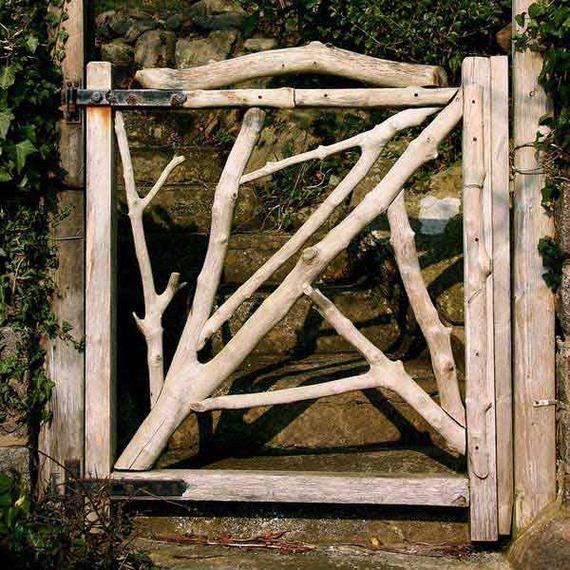 03-garden-gate