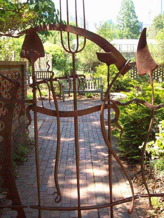 04-garden-gate