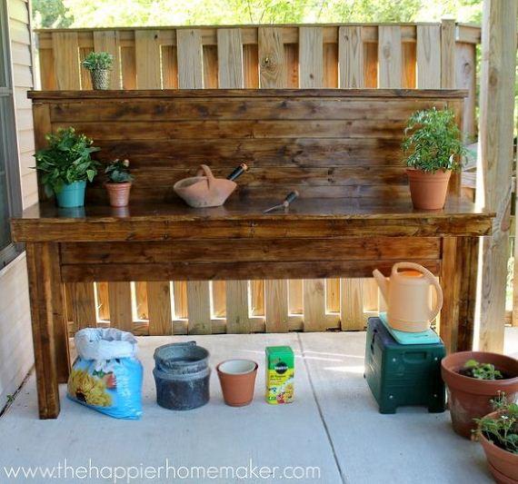 05-Bench-Gardening