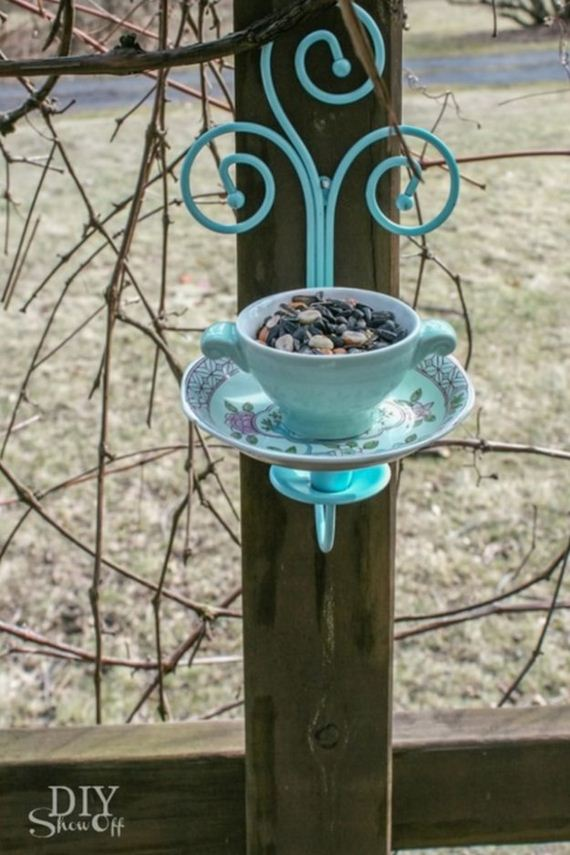 05-Bird-Feeder-Ideas