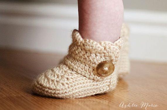 06-diy-free-crochet-baby-booties