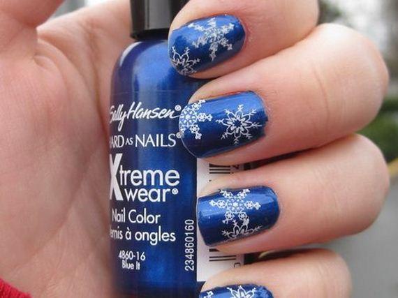 10-diy-winter-inspired-nail-ideas