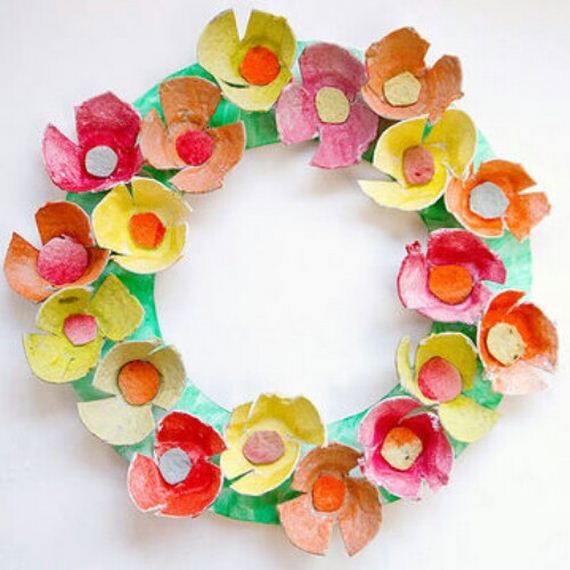 Creative projects made with recycled egg cartons Egg carton flowers ideas