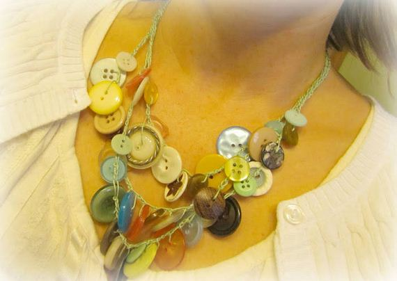 23-DIY-Button-Projects
