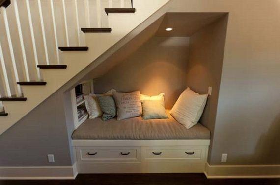 25-Room-Corner-Space