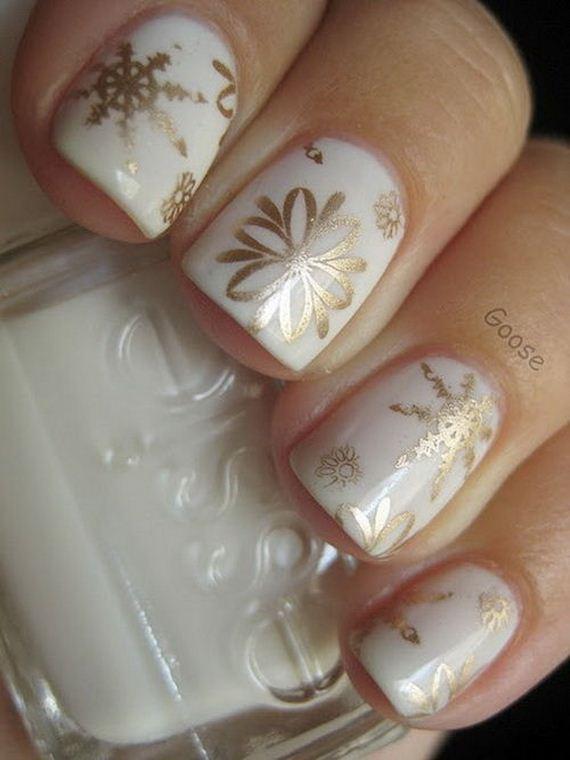 27-diy-winter-inspired-nail-ideas