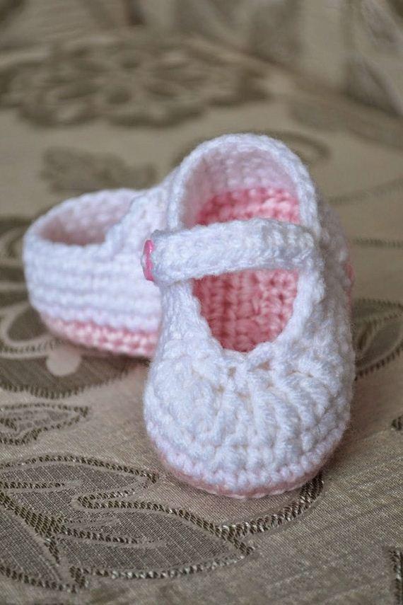 29-diy-free-crochet-baby-booties