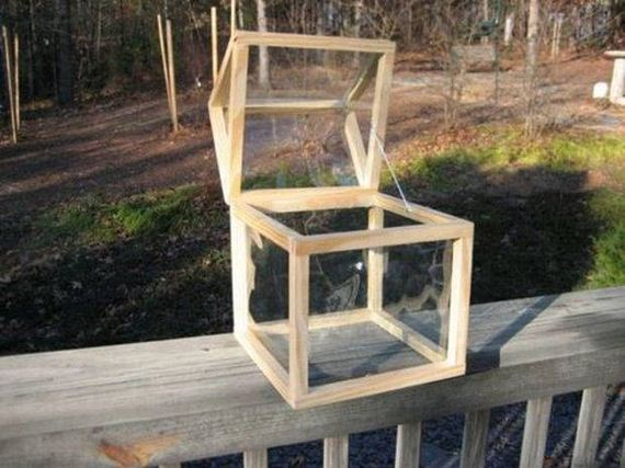 02-Great-DIY-Greenhouse-Projects