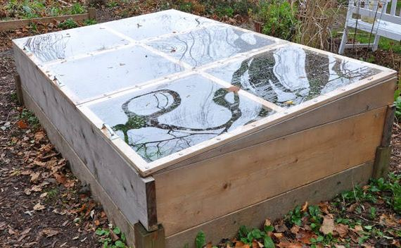 04-Great-DIY-Greenhouse-Projects
