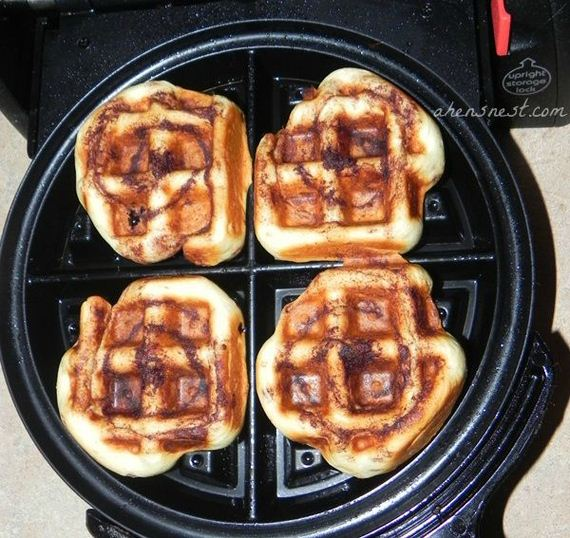 05-Things-You-Can-Cook-In-A-Waffle-Iron
