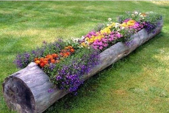 07-DIY-Tree-Stump-Garden