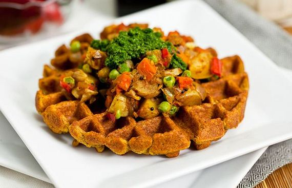 10-Things-You-Can-Cook-In-A-Waffle-Iron