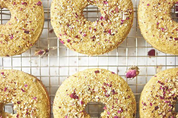 11-Make-Donuts