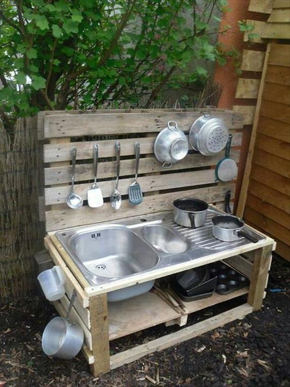 13-diy-kitchen-pallet-project-ideas