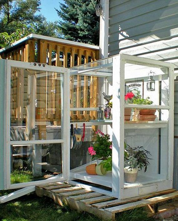 22-Great-DIY-Greenhouse-Projects