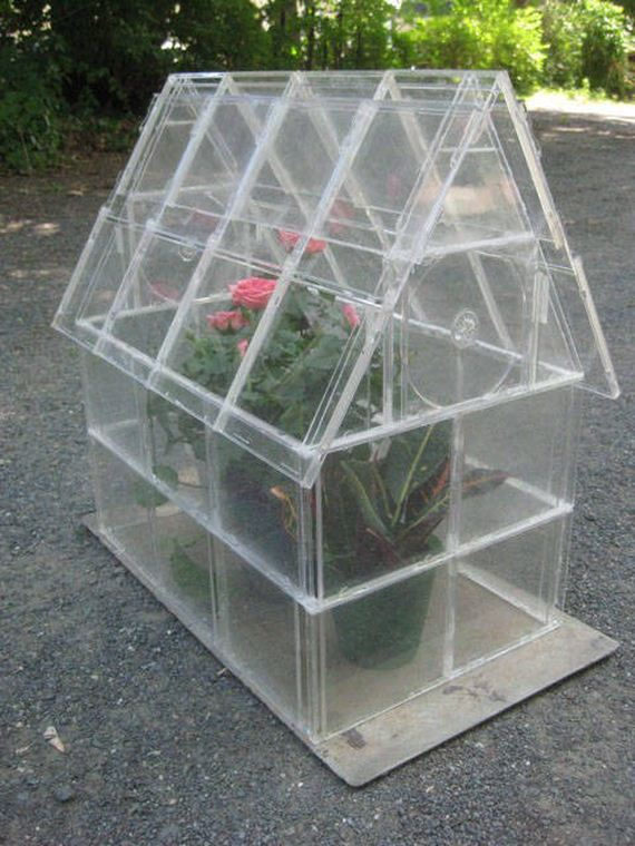 25-Great-DIY-Greenhouse-Projects