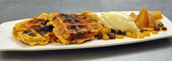 25-Things-You-Can-Cook-In-A-Waffle-Iron