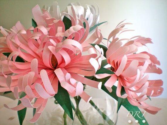 Красивый цветок самодельный