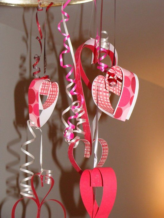 Creative diy valentine s decorations for Heart decorations for the home