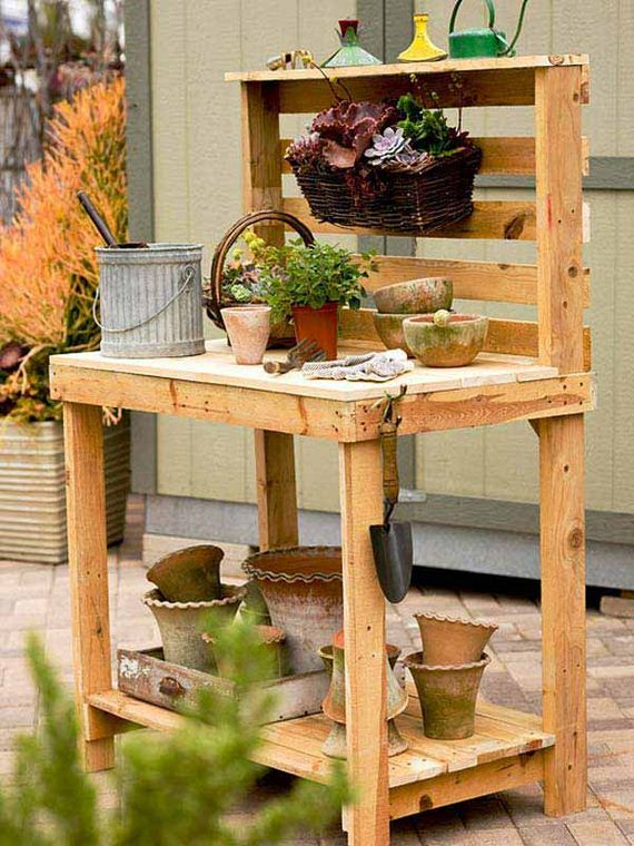 05-Outdoor-Pallet-Furniture-Designs
