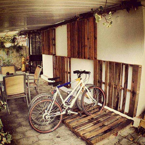 08-Outdoor-Pallet-Furniture-Designs