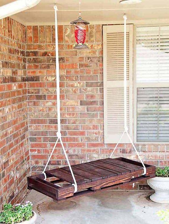 17-Outdoor-Pallet-Furniture-Designs