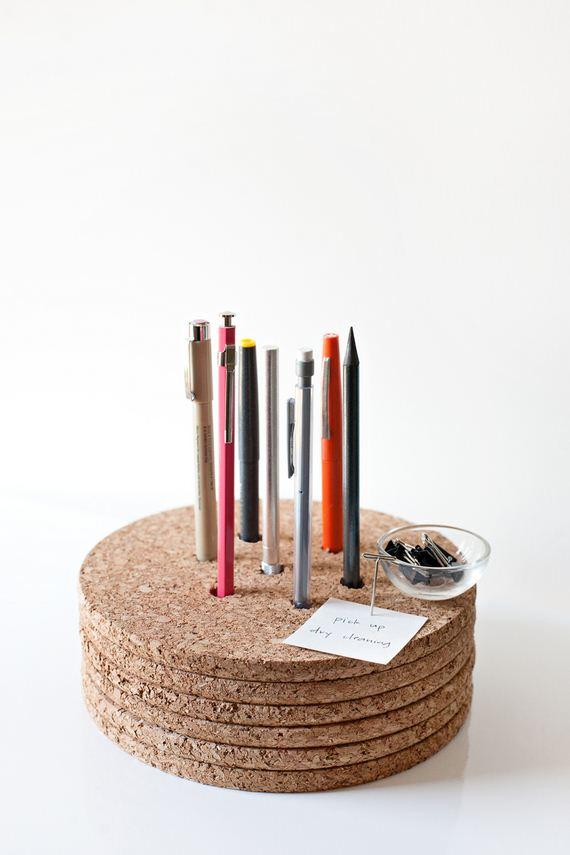 22-letter-cork-pinboard-0