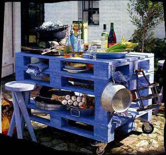 24-Outdoor-Pallet-Furniture-Designs